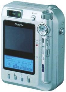 Цифровой фотоаппарат с жидкокристаллическим дисплеем
